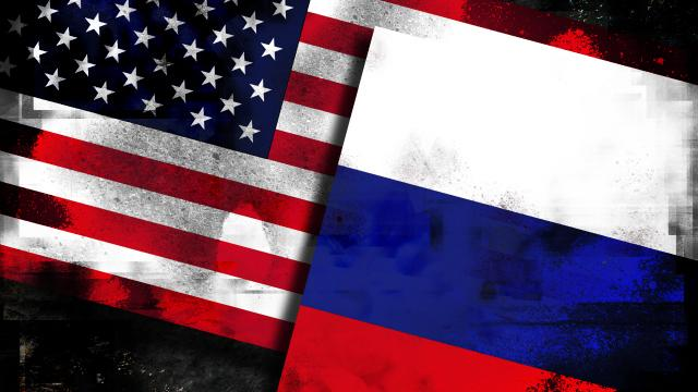 U.S.-and-Russian-Flags
