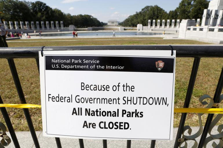 us-gov-shutdown-national-parks-1oct2013